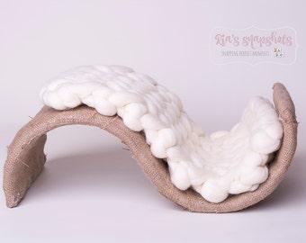 Newborn 'S Bend' Wavy Prop