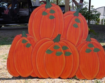 Pile of 5 Five Pumpkins Fall Halloween Thanksgiving Yard Lawn Art Ornament Decoration