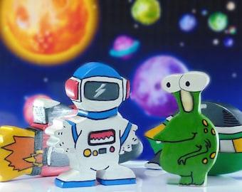 Wooden toy space set, Waldorf toys, nontoxic birthday present, Montessori play,  spaceship,