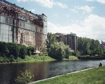 Print - Industrial Building Montreal