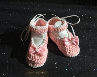 Hand crochet cotton baby shoes, booties.