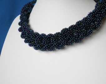 Knittned long beaded necklace