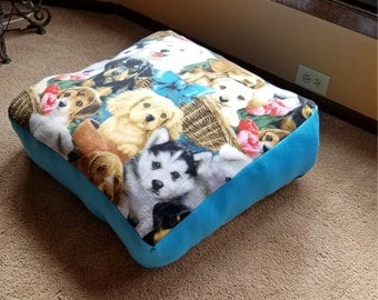 Medium Soft Fleece Dog Pet Bed, Medium Dog Bed, Fleece Dog Bed, Dog Gift, Medium Pet Bed, Overstuffed Bed, Blue Dog Bed, Comfy Dog Bed