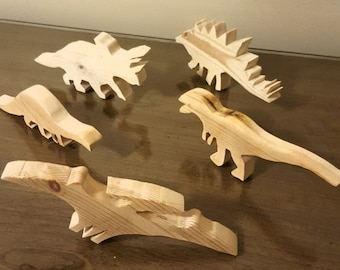Set of 5 Wooden Dinosaur Toys (FREE SHIPPING)