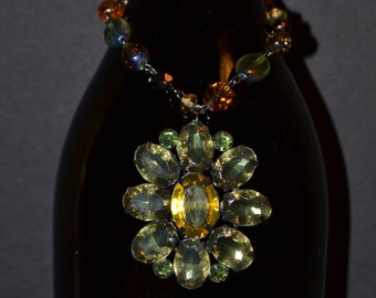 Wine bottle decoration, light green stones  (#B36)