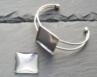Bracelet support square tray 25mm + glass cabochon