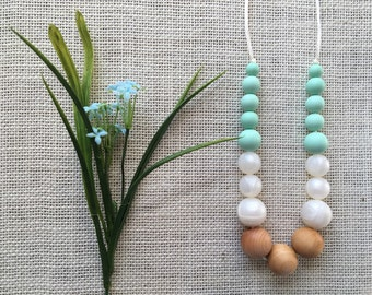 Silicone Bead Teething/Nursing Necklace for mom, Peach, Mint, Marron, wood teething necklace, Bite Beads, Chew Necklace, Teething Necklace