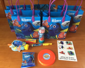 Finding Dory Party Favor Bags with favors included!