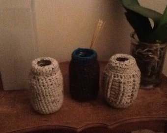 Beautiful crochet vases-waterproof 0n sale not 8 but 5 €