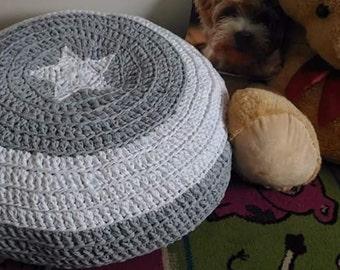 Crochet pouffe