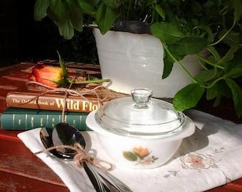 Vintage pyrex~JAJ pyrex dish~pyrex casserole dish~vintage casserole dish for one~small pyrex dish~vintage~JAJ pyrex~pyrex~mini casserole