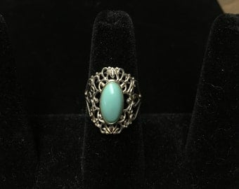 Vintage Ring, 925, Filagree, Pale Green Stone