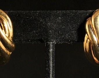 Ships Free! Retro Gold Tone Knot Earrings - 0216OD32