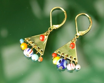 Earrings golden triangle and multicolored peles