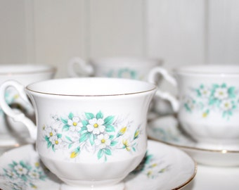 Set of 4 Vintage Cups and Saucers by Gainsborough