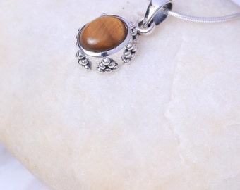 Silver And Tiger Eye Pendant, Sterling Silver Chain, Silver Charm,  Silver nNeckpieces, 925 silver, Boho jewelry (P 95)
