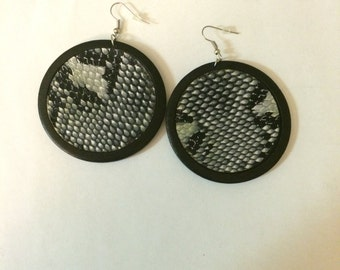 Black Wooden round drop Earrings with snakeskin print