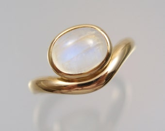 585 gold ring with Moonstone Gr. 55 gold unique forged master work