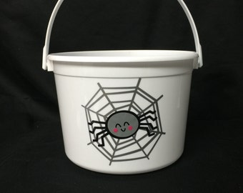Spider Web Halloween Cnady Bucket/Halloween Bucket