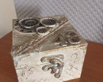 Steampunk men /lady little box