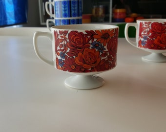 Pair of Vintage Retro Pedestal Coffee Cups - 1960s Japan - Mod Pop Panton Kartell Era