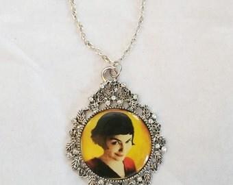 Amelie Audrey Tautou Crystal & Silver Cabachon Pendant Necklace