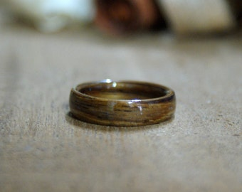 Indian rosewood curved wood ring