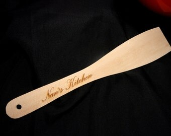 Personalised wooden spatula, Engraved wooden spatula, Housewarming gift, Gift for Mum, Gift for Nan