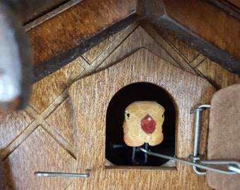 Nice Small Black Forest Cuckoo Clock with Hand Carved Five Leaves One Bird ~ 1 Day Movement
