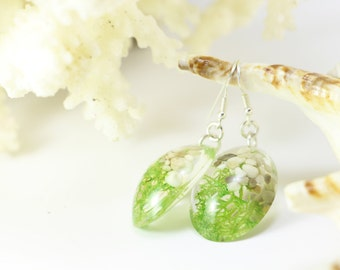 Resin earrings, Plant earrings, Green moss earrings, Botanical earrings, Green earrings, Everyday earrings, Nature inspired jewelry,