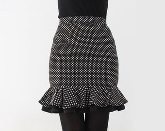 Exclusive high waist dotted skirt