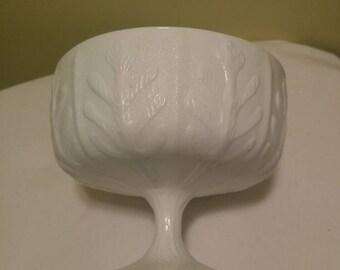 Vintage Milk Glass Oak Leaf Compote Footed Fruit Bowl FTD 1975 Pedestal Dish