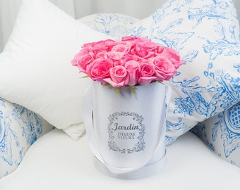 25 Pink Roses in White Signature Hat Box