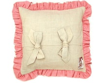 """Lady Letitia 6 Pillow 50 cm x 50 cm from the """"First Ladies"""" collection - handmade antique linen pillow"""