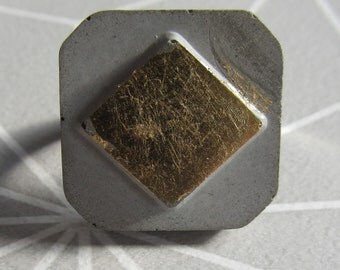 Concrete diamond ring