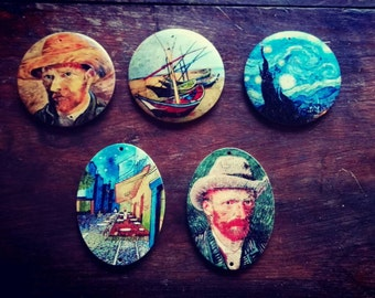 Buttons, pins and pendants for necklaces, paintings artworks, paintings on wood