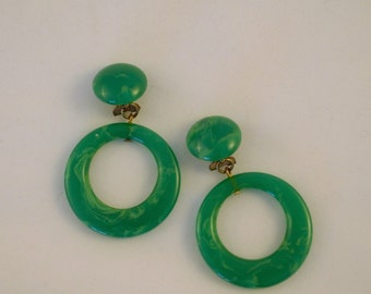 Vintage Earrings in Green Lucite