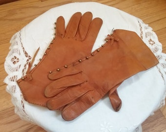 """Vintage """"Shabby"""" Gloves Made in Spain, Lauffs brand, Equestrian Style"""