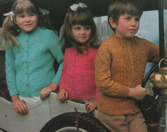 Childrens Patterned Cardigan PDF Knitting Pattern : Boy or Girl 24, 26, 28 and 30 inch chest . 61, 66, 71 and 76 cm . Instant Download