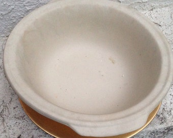 Pampered chef 12 in baking stoneware/cookware
