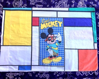 1990's Dinsey Cool Mickey Mouse Pillowcase