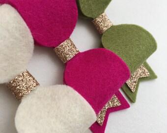 Felt Fancies - Medium Bows, 100% Wool Felt, Fine Glitter two tails