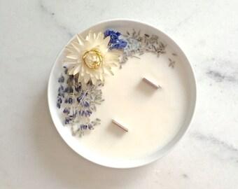 Moyenne Bougie Fleurie à la Lavande - Cire de Soja - Huile Essentielle - Vegan - Made in France // Cadeaux pour elle // Décoration Mariage