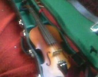 Correlli 3/4 size violin