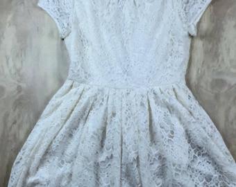 Forever 21 Women's Lace Dress Size Medium Sundress White Coachella