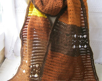 Scarf women knitted.
