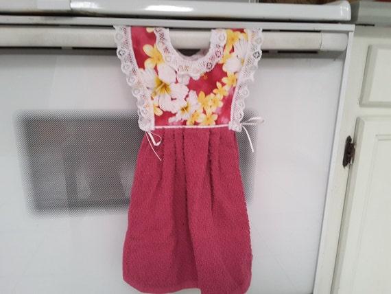 Hawaiian Floral Dress Style Hanging Towel 1400