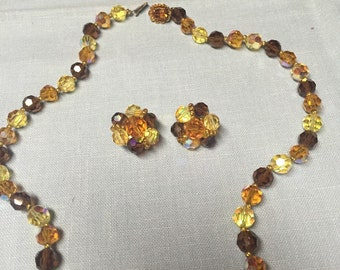 Lovely Vintage 1940s Faceted Glass Bead Neckace And Clip Back Earring
