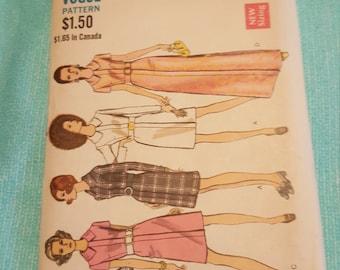 Vintage Vogue#7673 SIZE 18 UNCUT