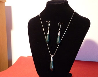 Silver and agate sets